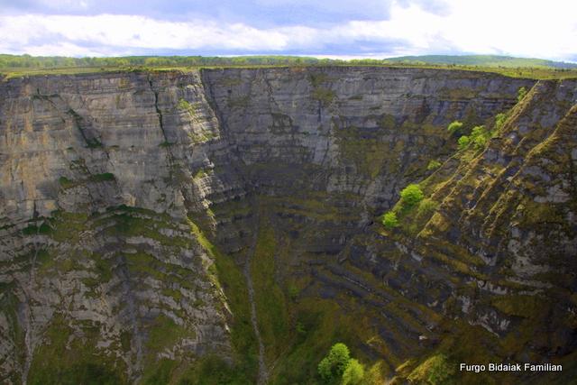 Cascada de Goiuri y saltio del Nervión