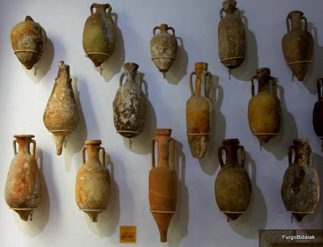 Colección de ánforas del Museo arqueológico Soler Blasco.