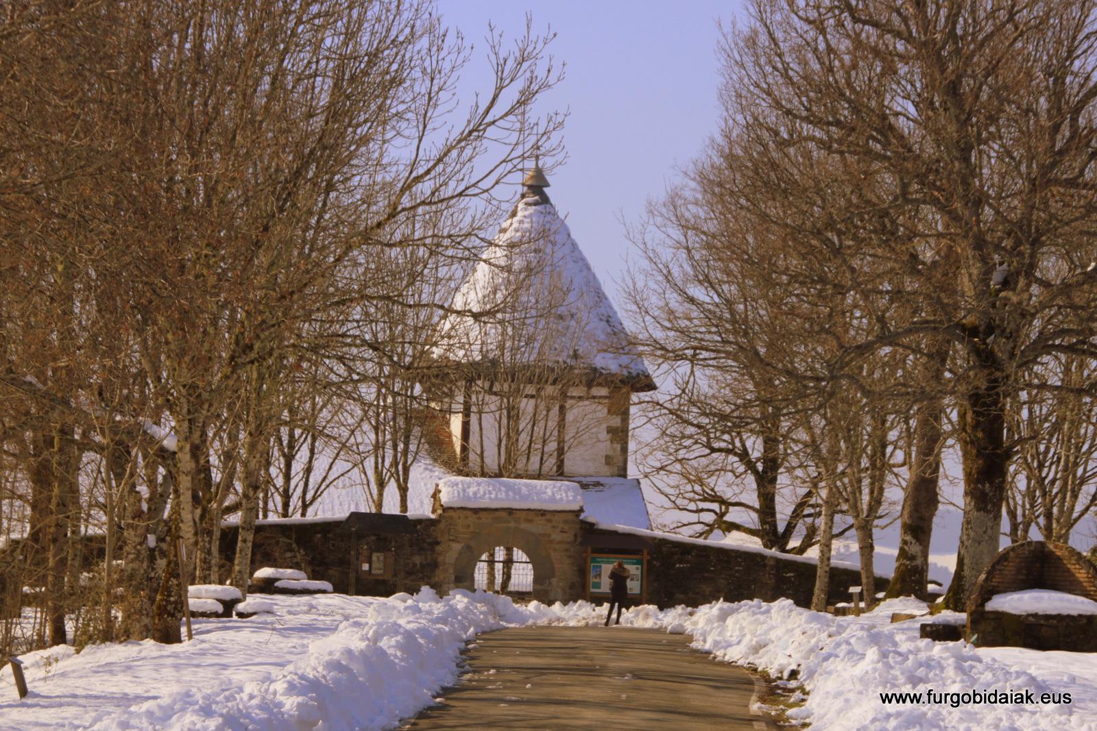 Ermita Muskilda Otsagabia