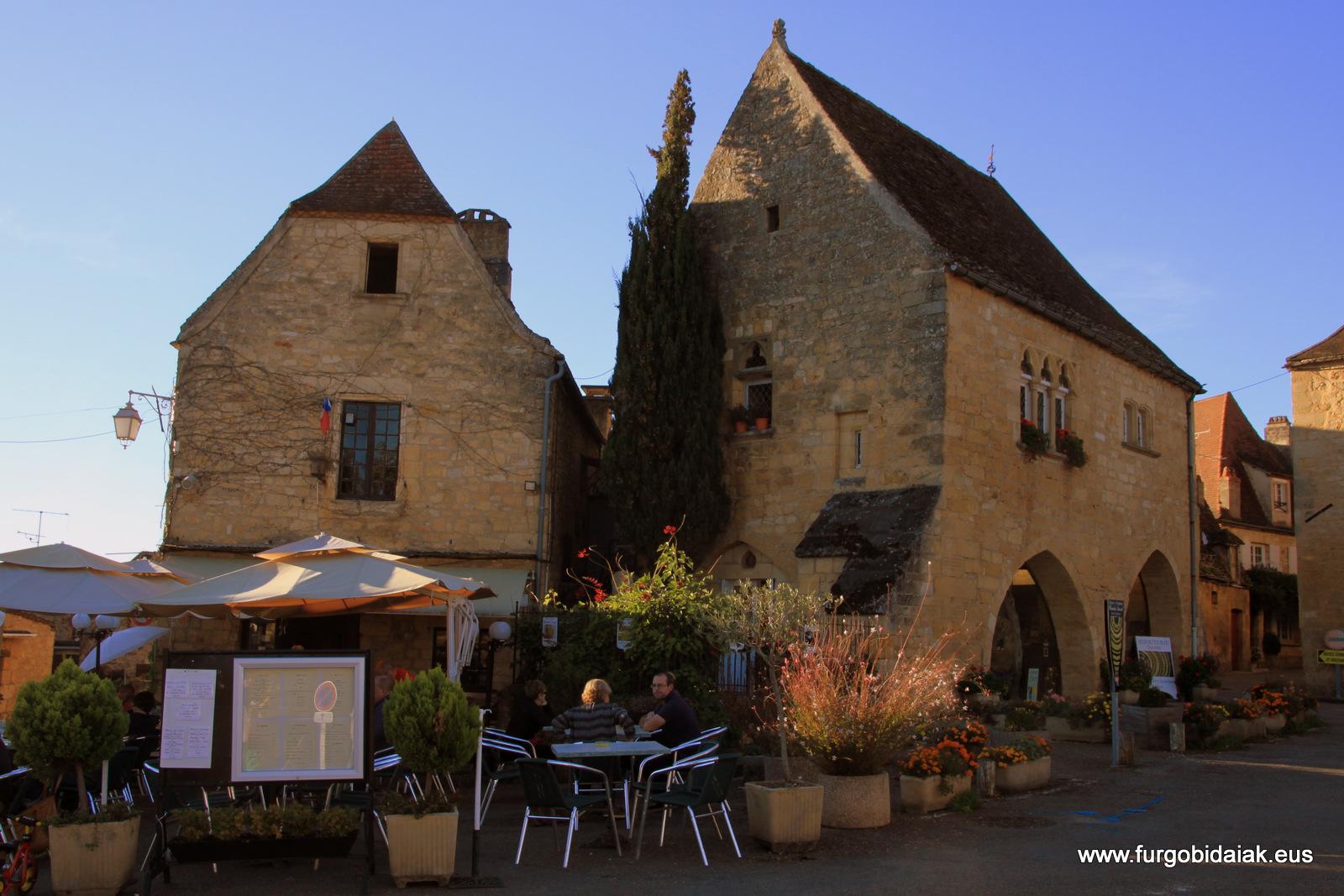 Maison de la monai Domme Dordogne
