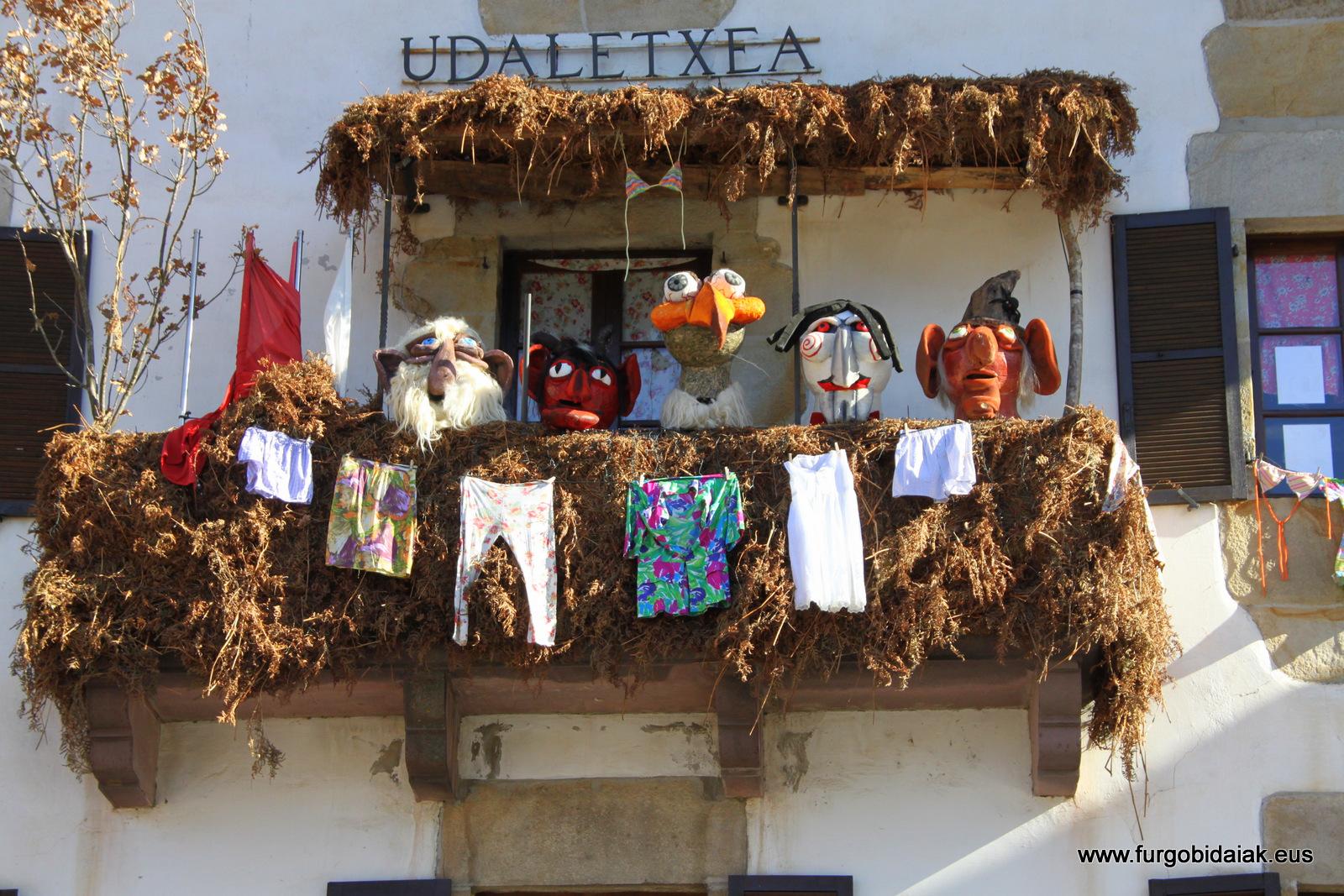 Ituren ayuntamiento carnaval