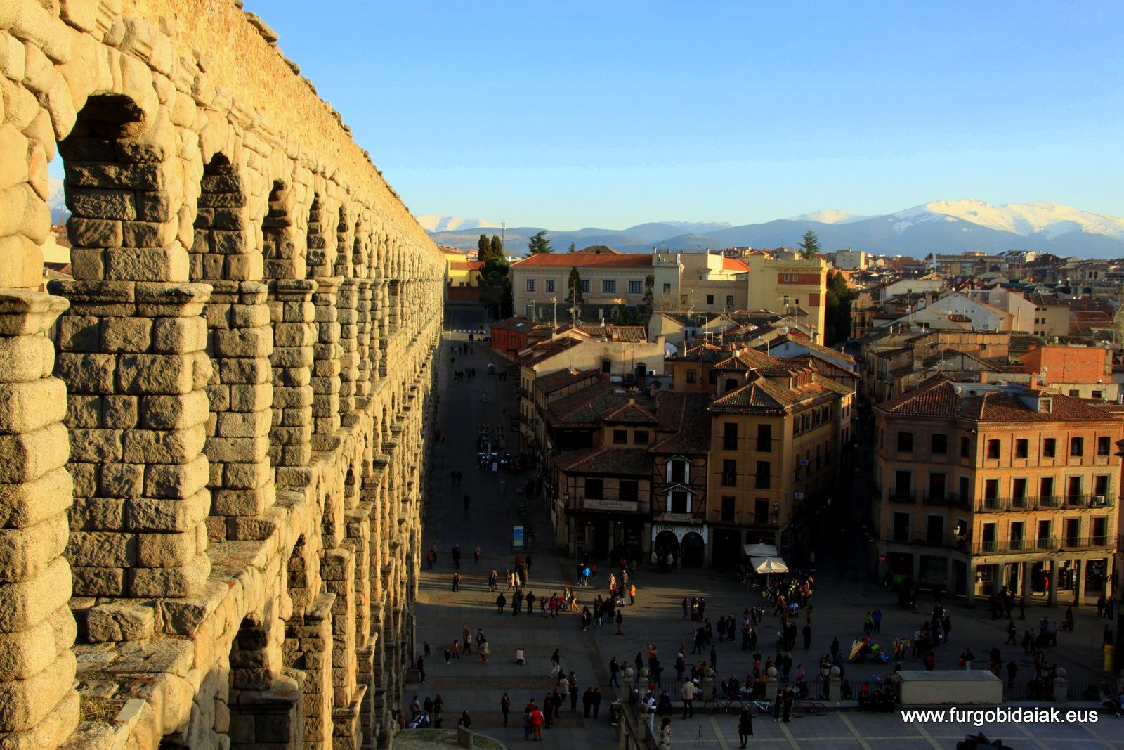 Plaza Azogejo acueducto Segovia