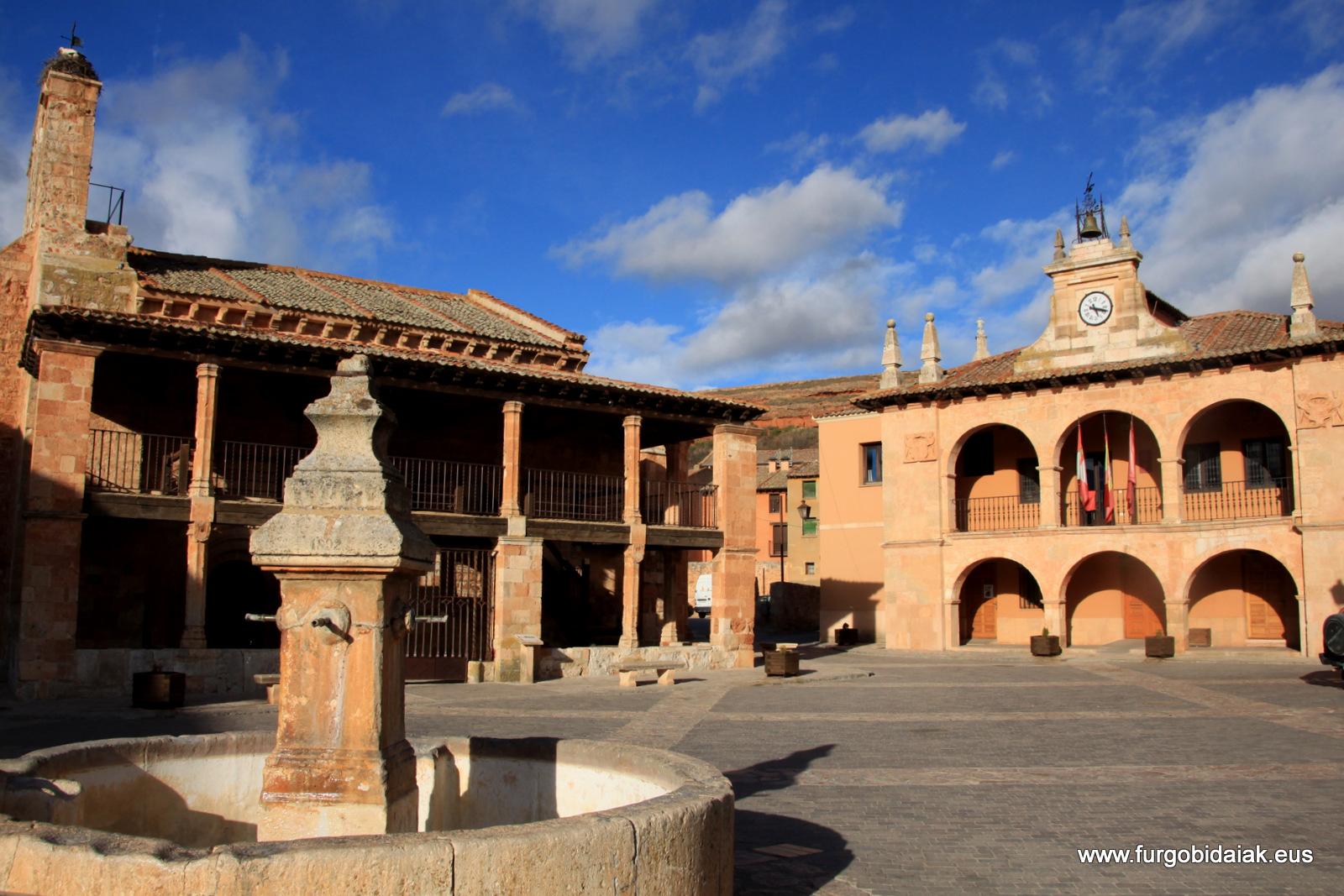 Plaza Ayllón