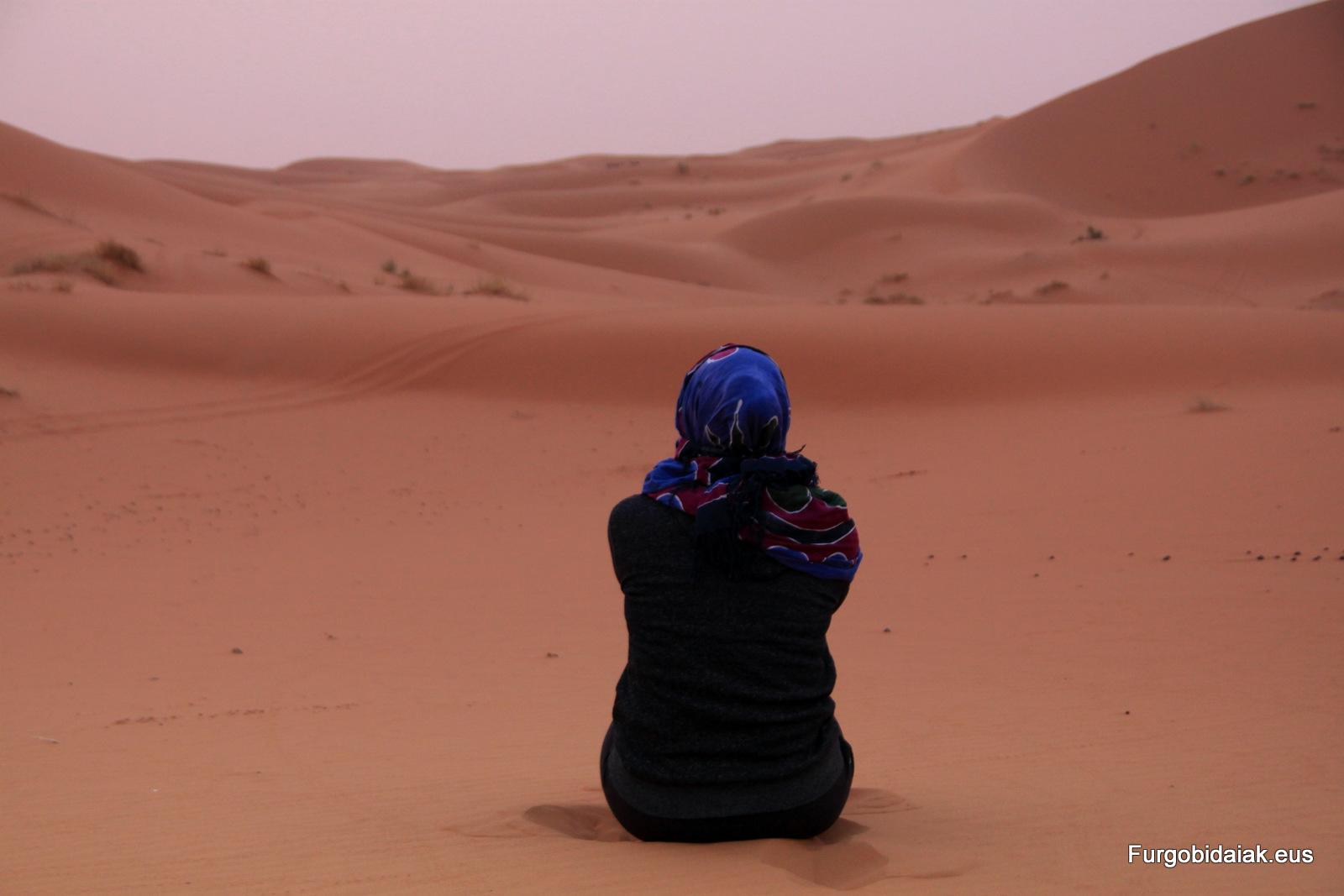 Amanecer en el Sahara Marruecos