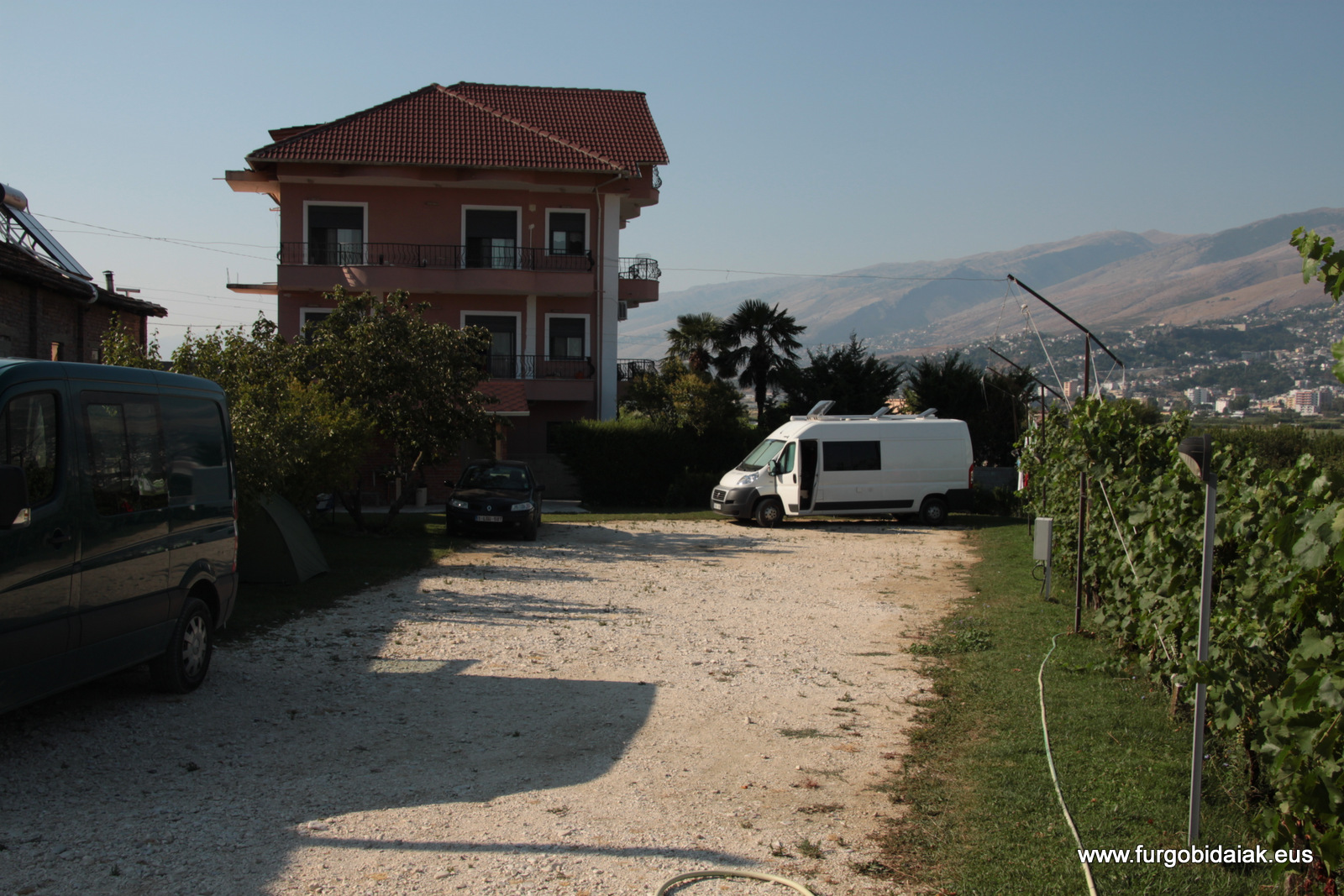 Vámonos de camping por Albania, Gjirokastra
