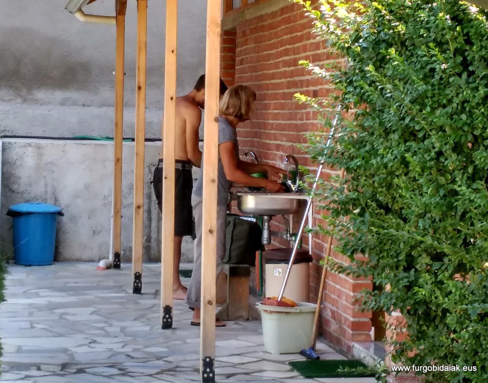 Vamonos de camping por Albania, Gjirokaster