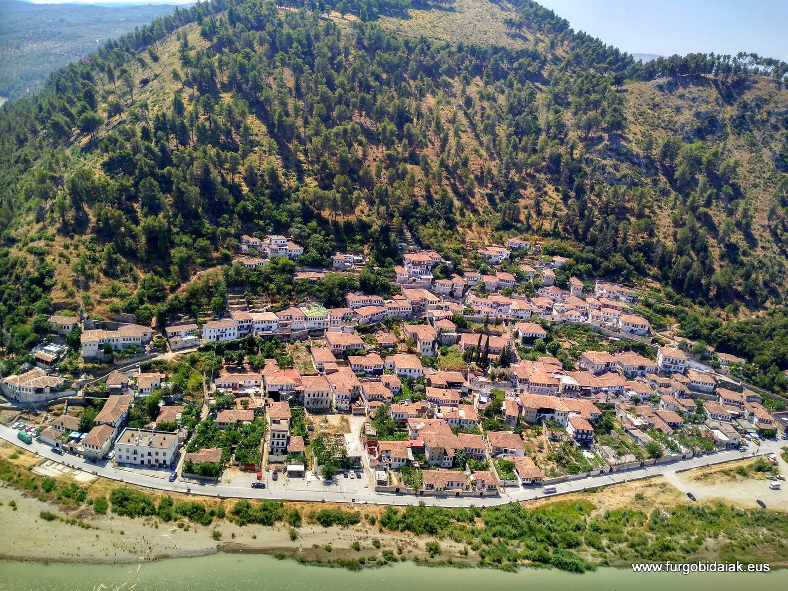 Barrio Gorica, Berat, Albania