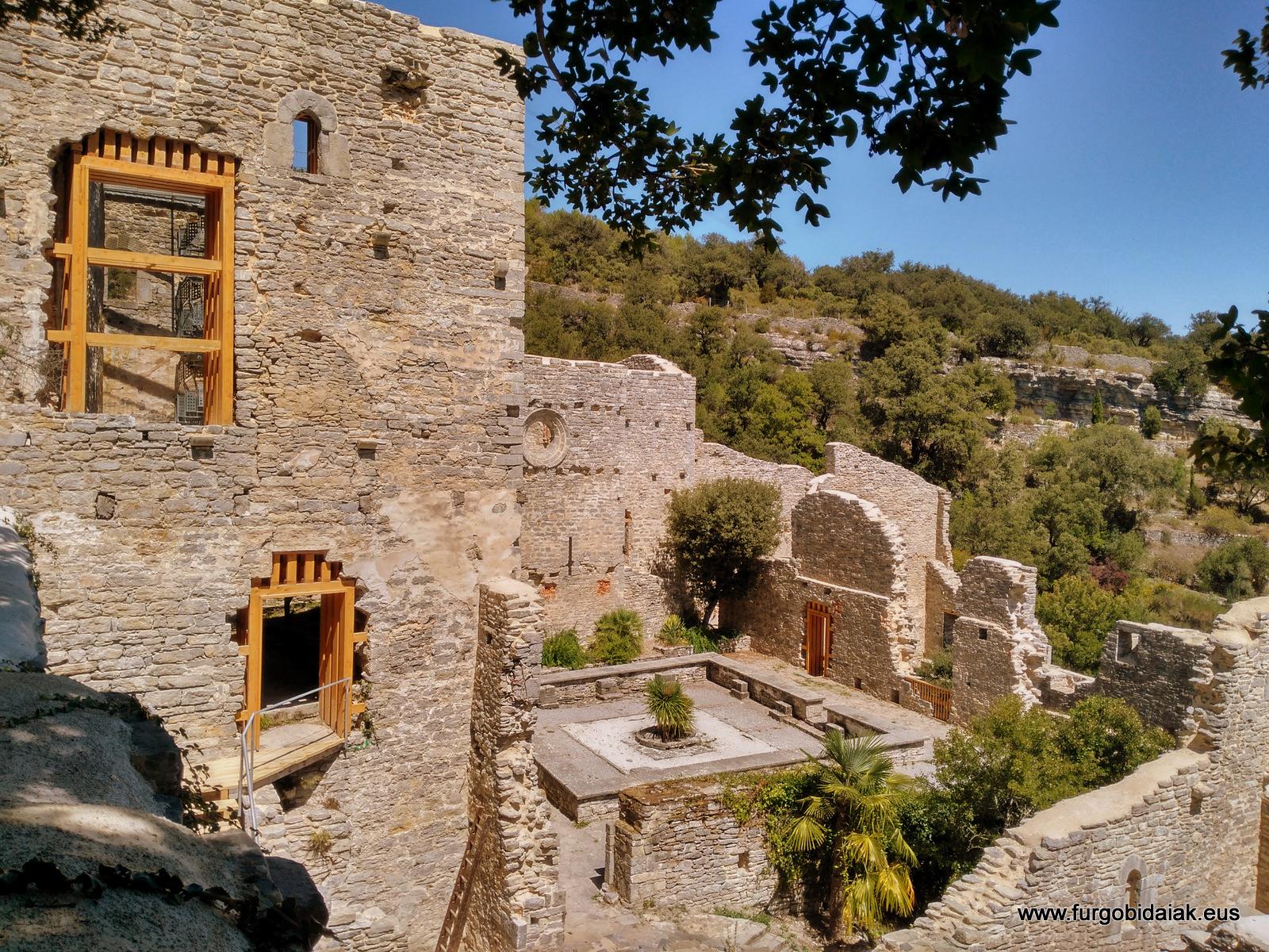 Jardín botánico Santa Catalina de Badaia, fortaleza convento