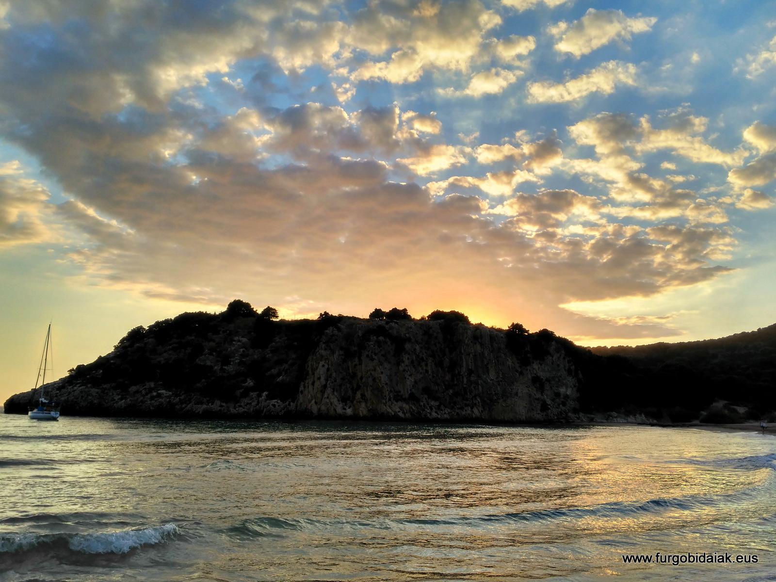 Puesta de sol, Navarino, Peloponeso, Grecia