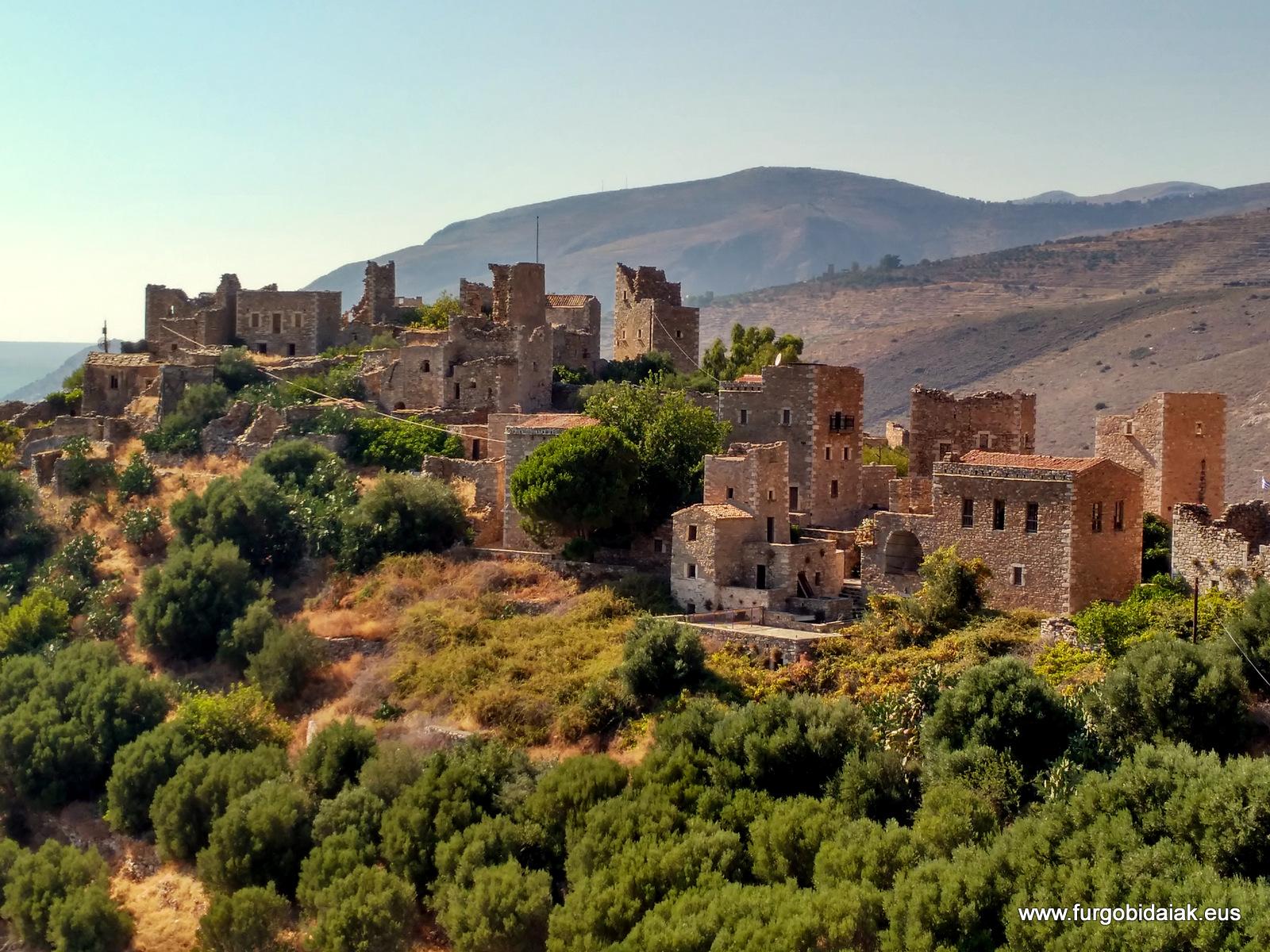 Vátheia, casas-torre,, Peloponeso, Grecia