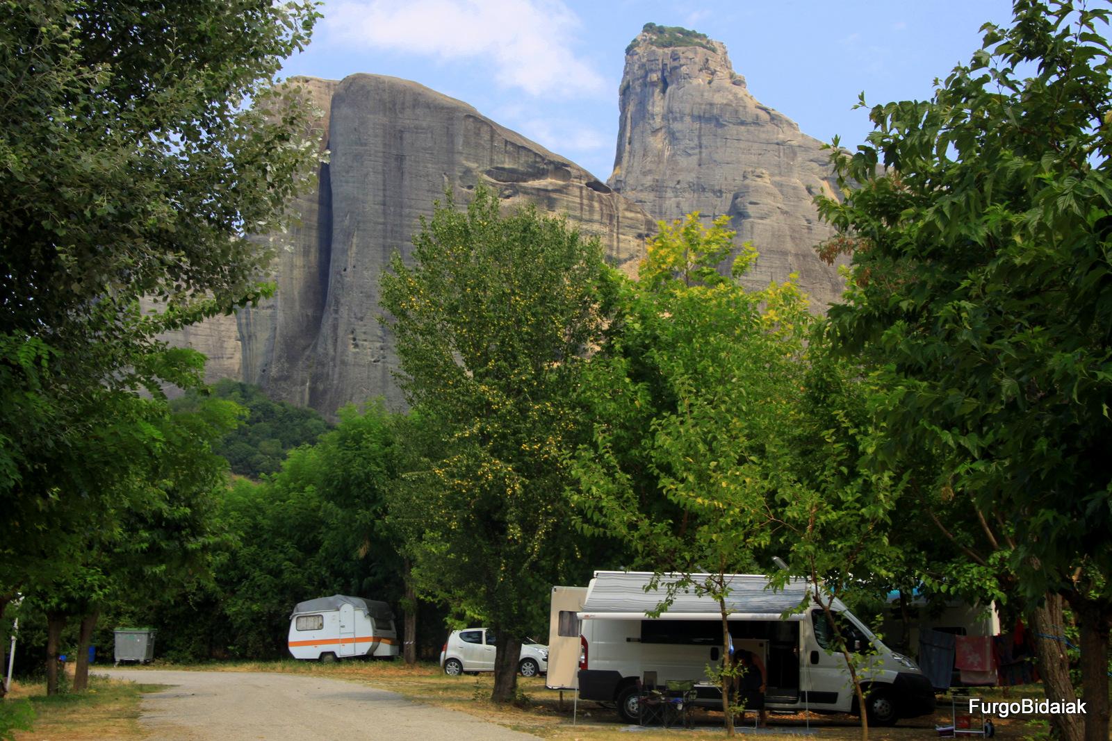 Camping Vachos Kastraki, Meteora, Grecia