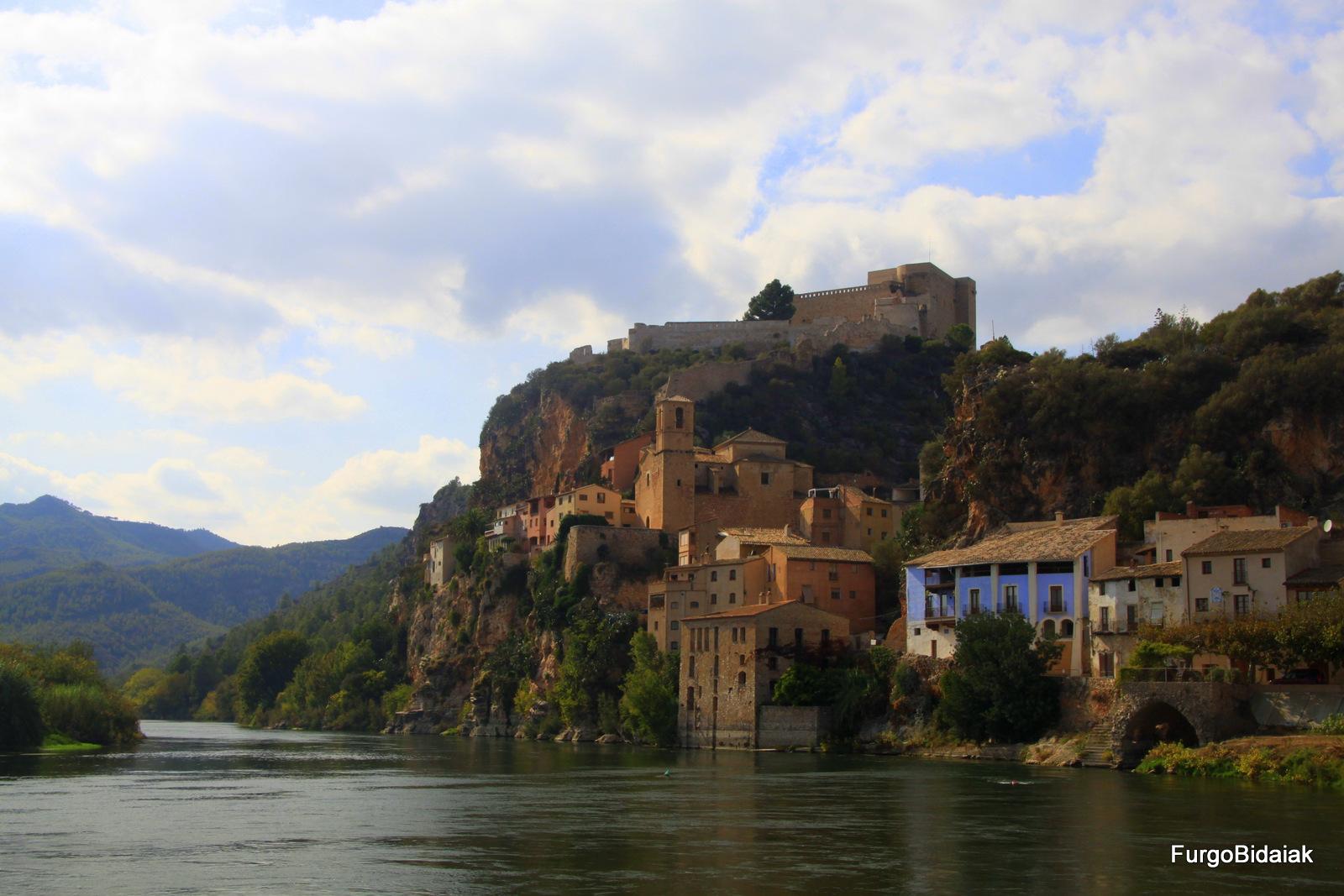 Miravet, Tarragona, Costa Dourada