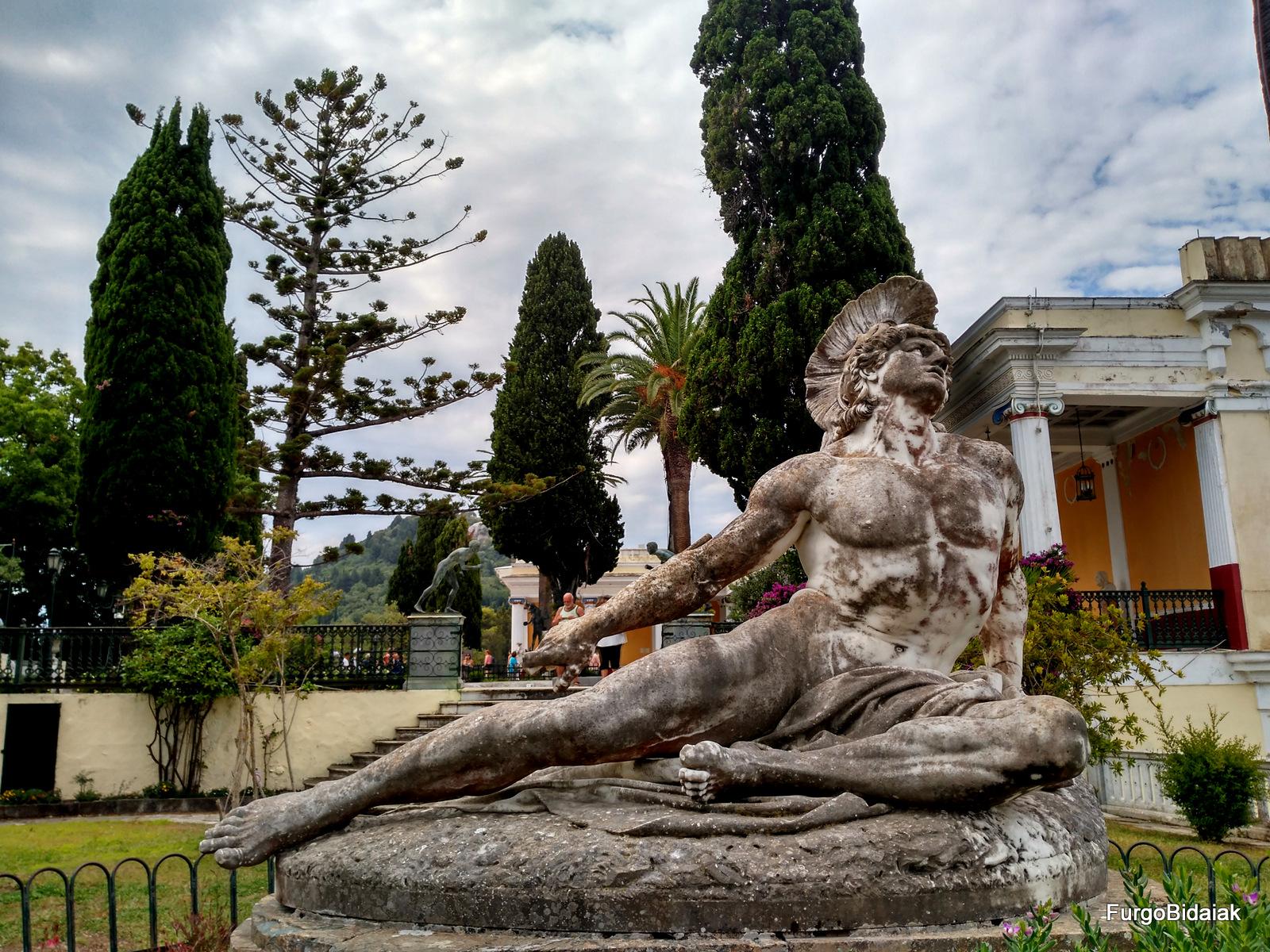 Aquiles Sissi emperatriz Achilleon Corfú Grecia