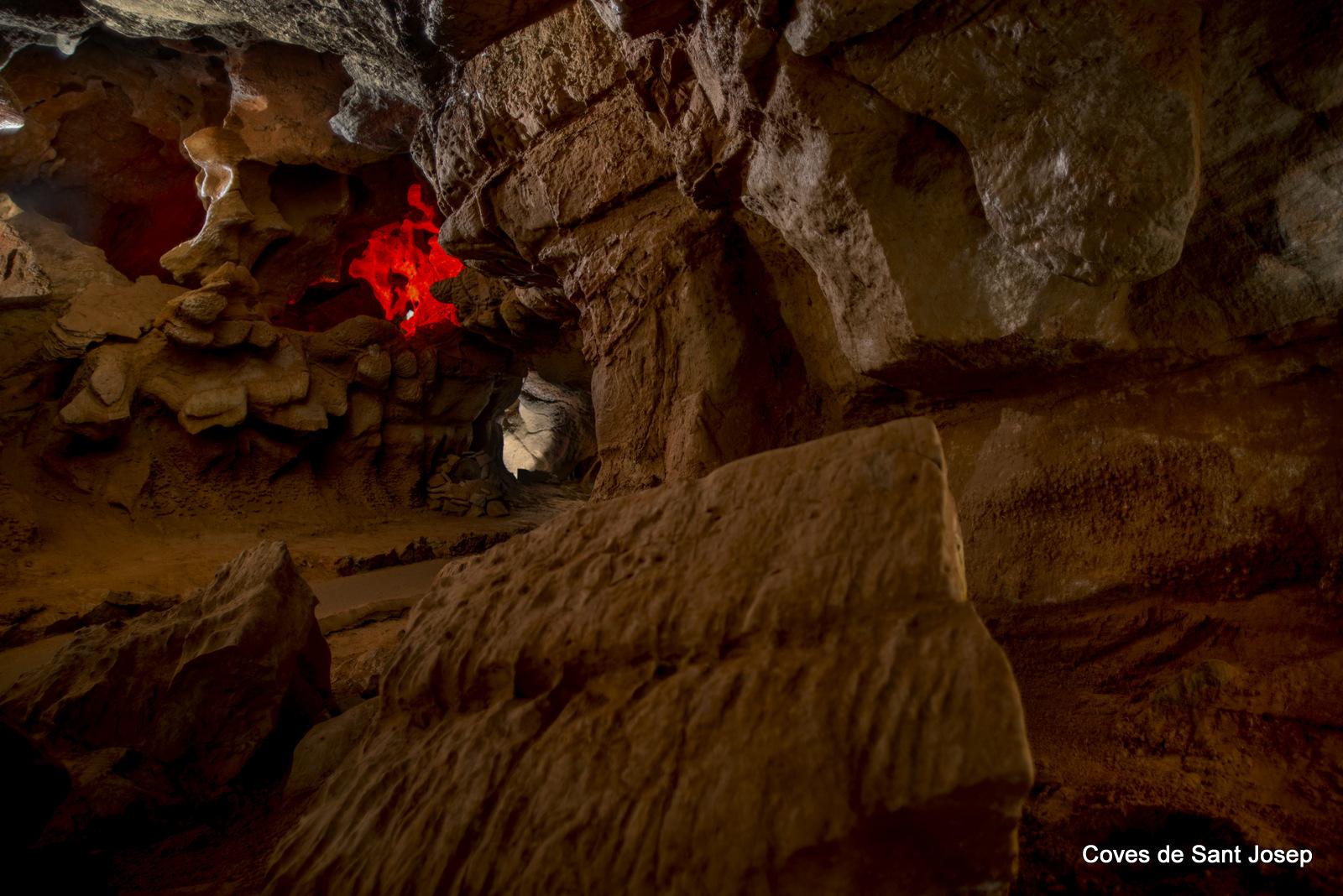 Cara del diablo Galeria seca Coves de Sant Josep