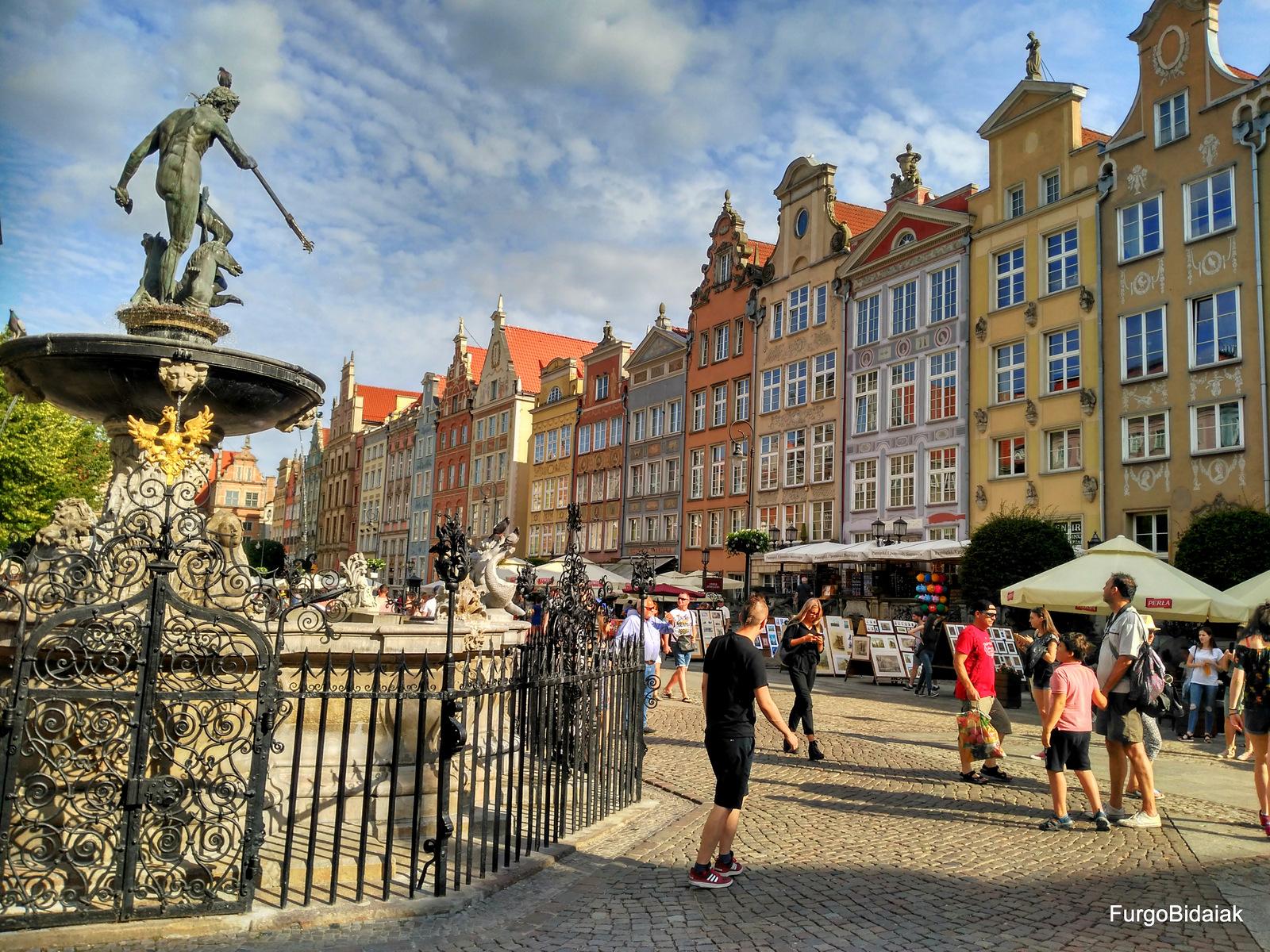 Fuente de Neptuno, Mercado Largo, Gdansk, Polonia