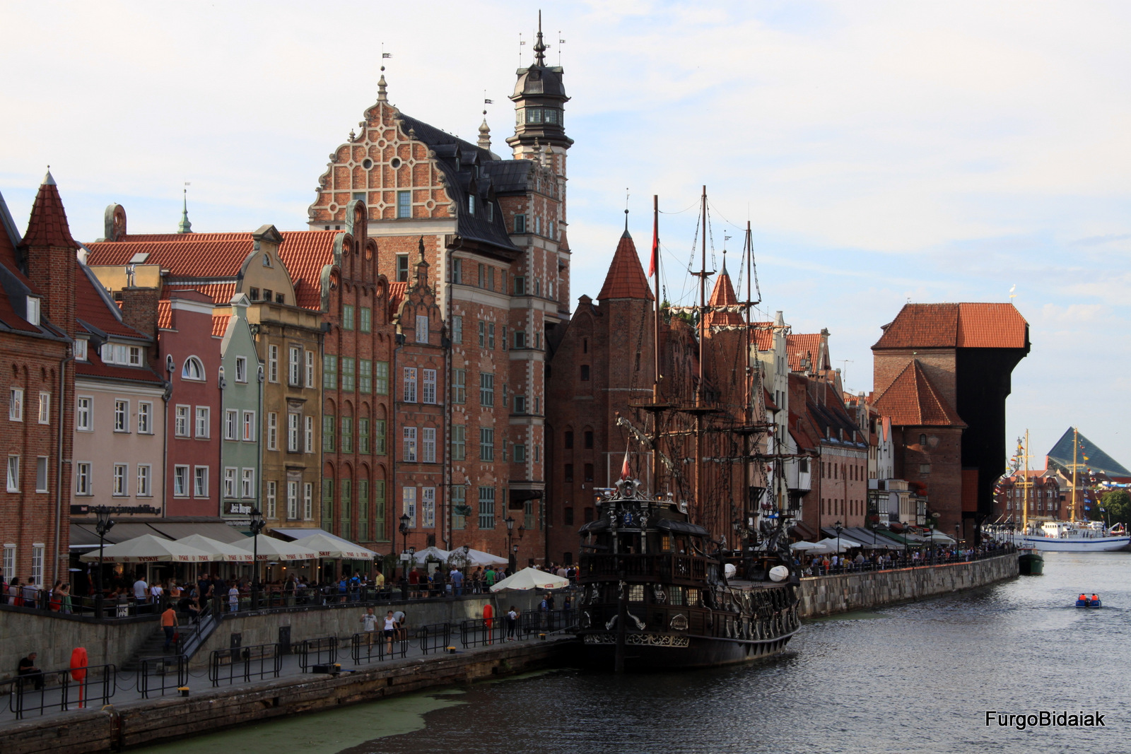 Muelles de Gdansk, Zuraw, Polonia, Ruta Báltica