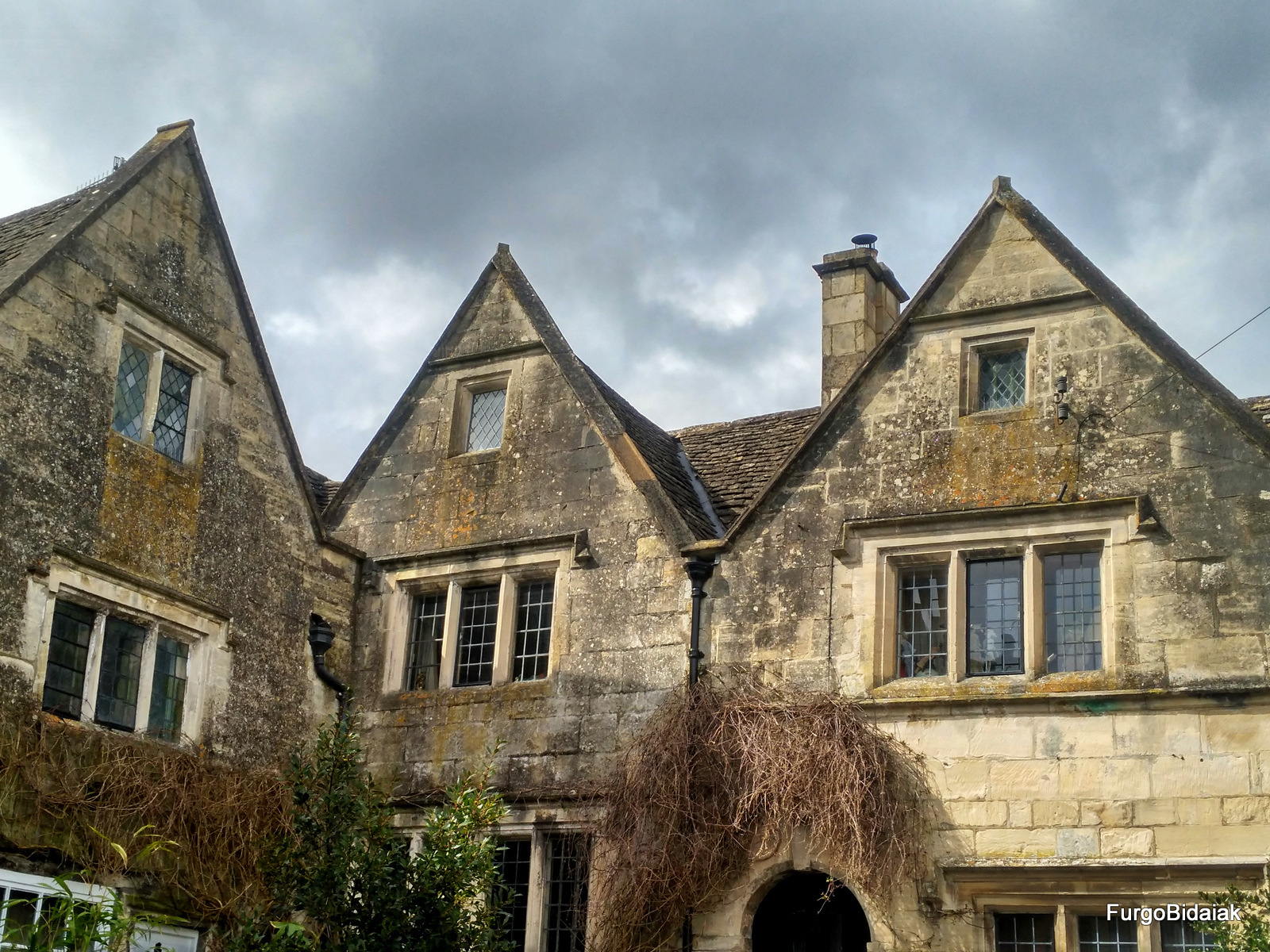 Painswick, Costwolds, Inglaterra en furgo, Furgobidaiak