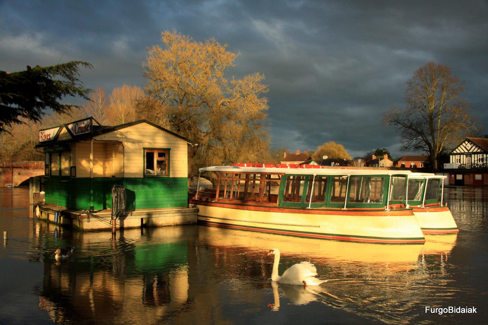 Stratford-Apon Avon,Costwolds