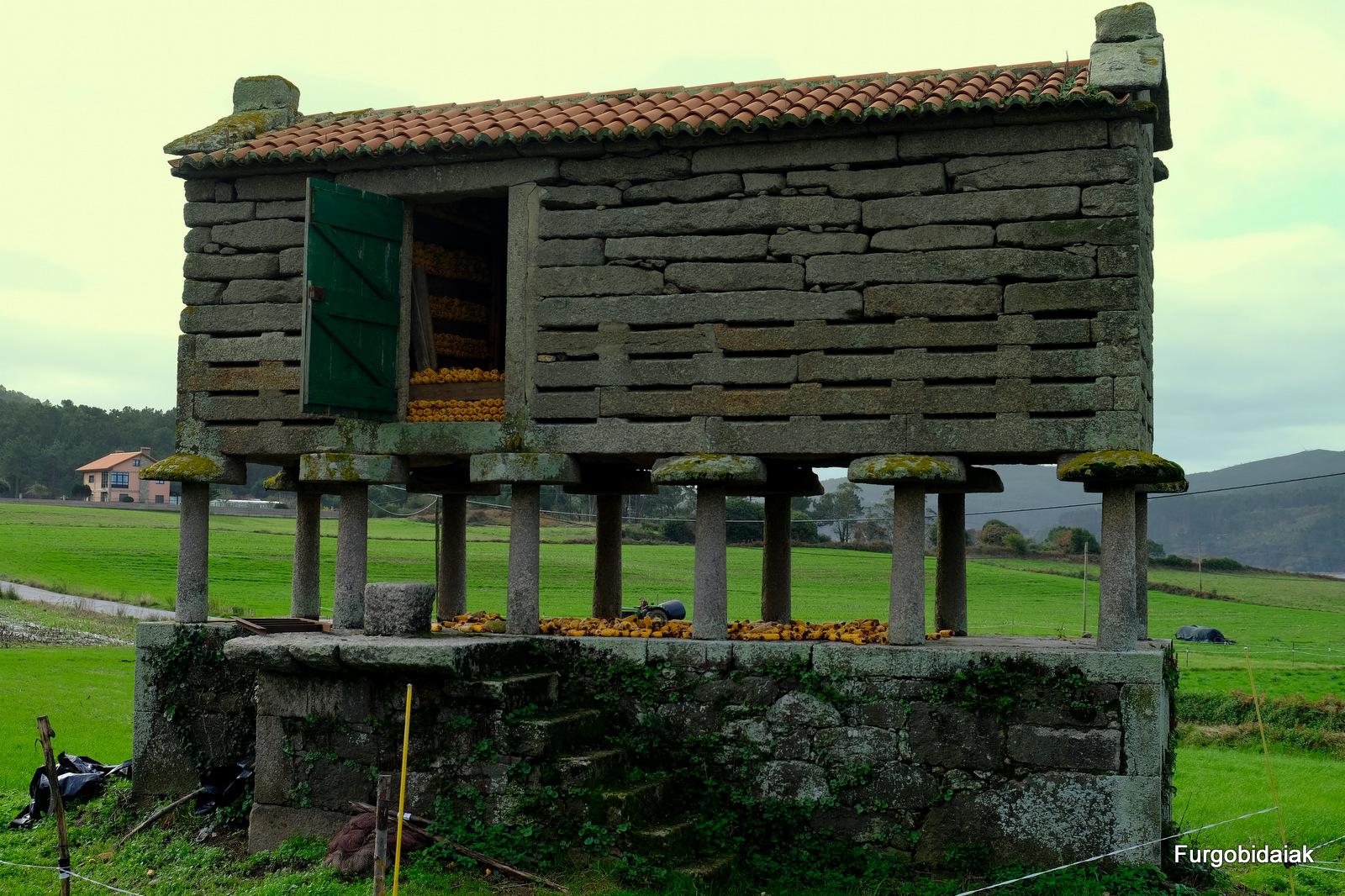 hórreo gallego, Costa da Morte
