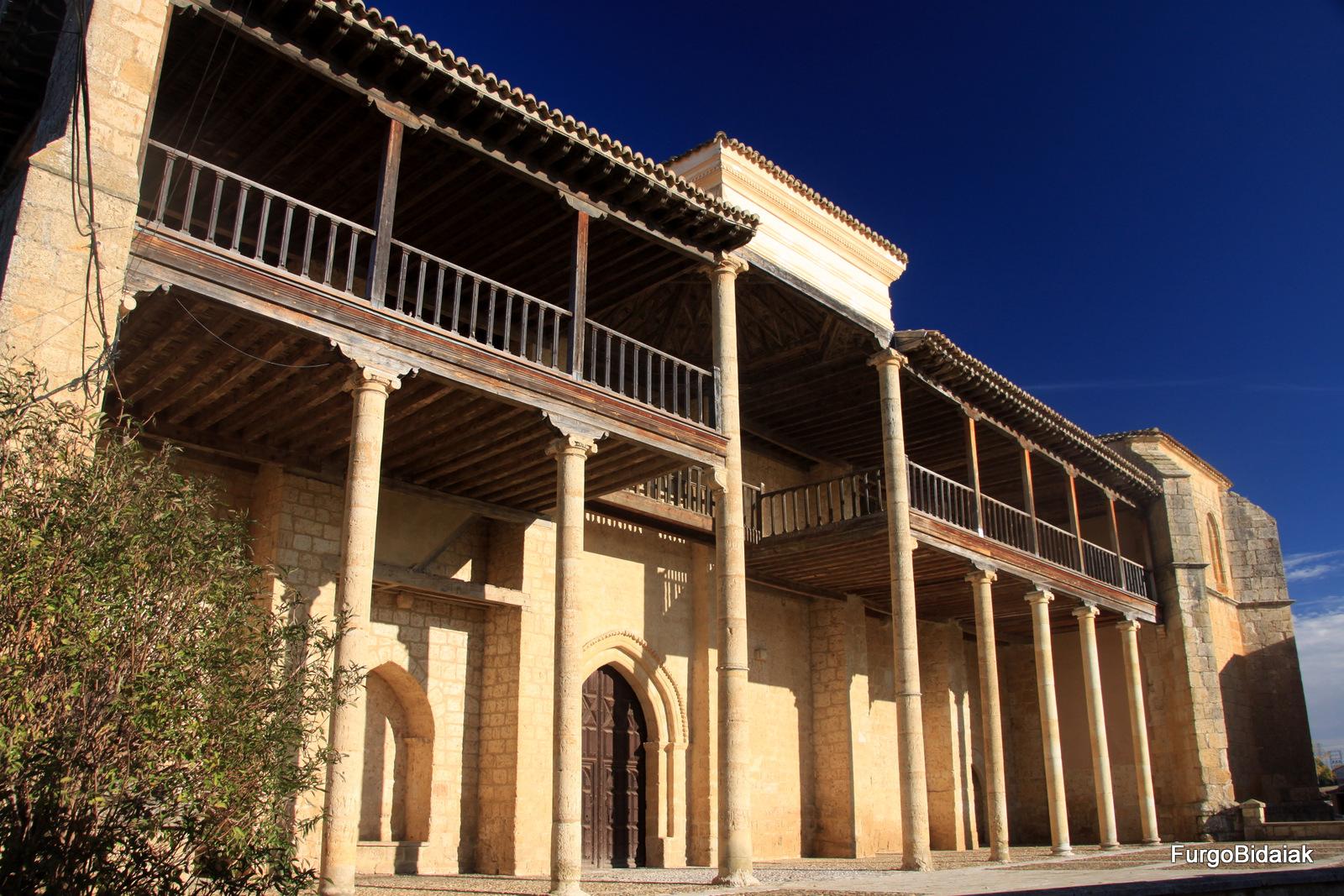 Palencia en autocaravana, Iglesia-museo Santa María, Becerril