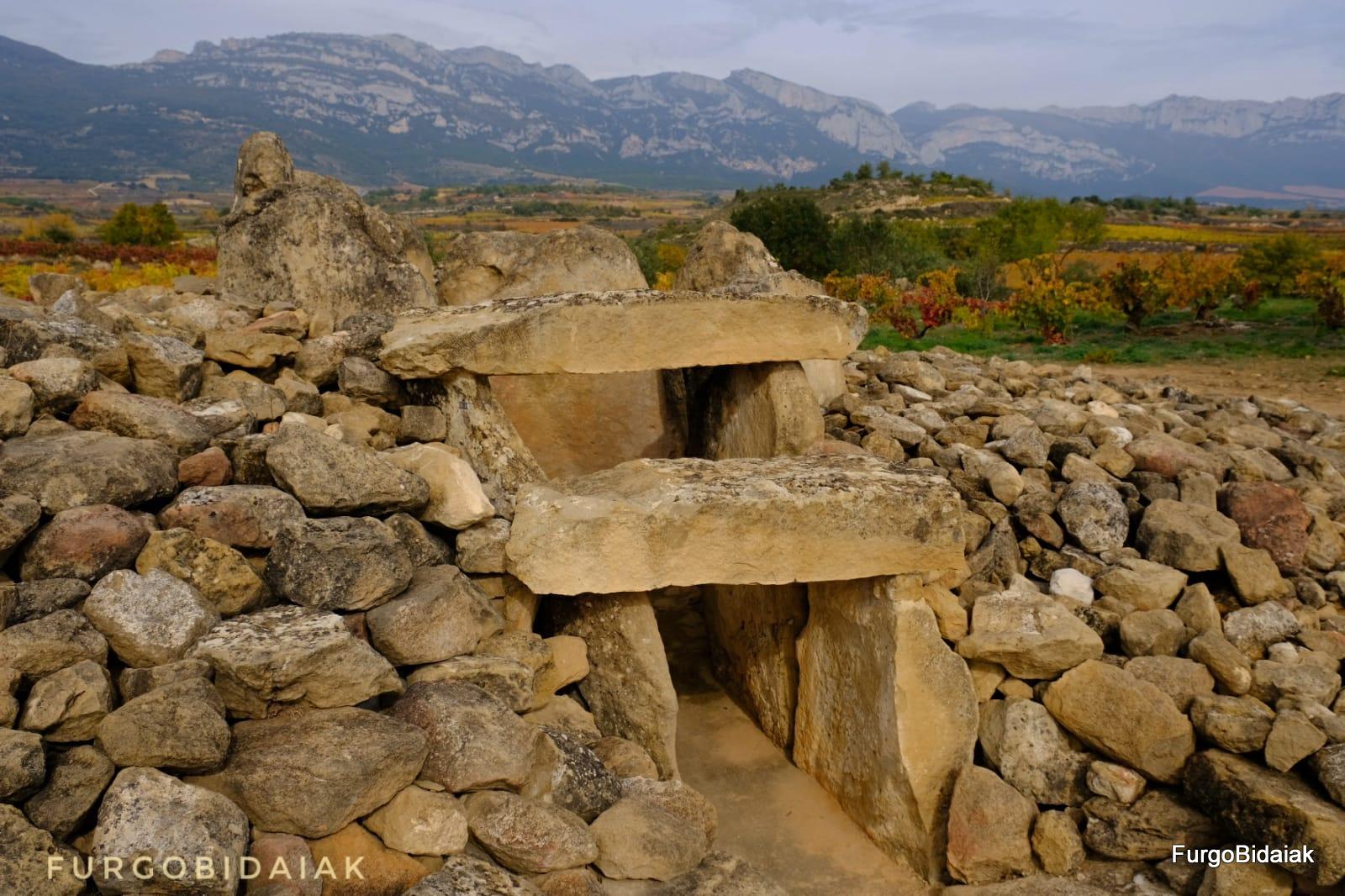 Dolmen el Montecillo, Ruta de los dólmenes, Rioja Alavesa, Araba