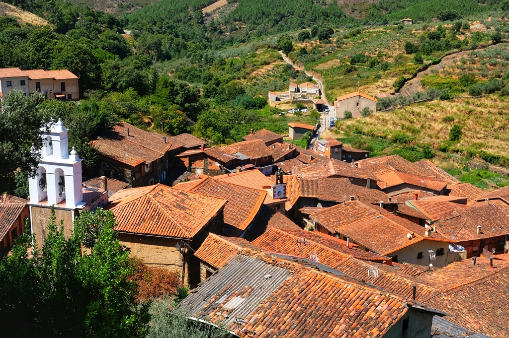 Robledillo de Gata, Pueblos más bonitos de Sierra de Gata.