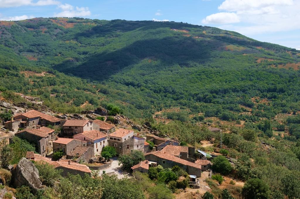Paisaje serrano, Pueblos más bonitos de Sierra de Gata