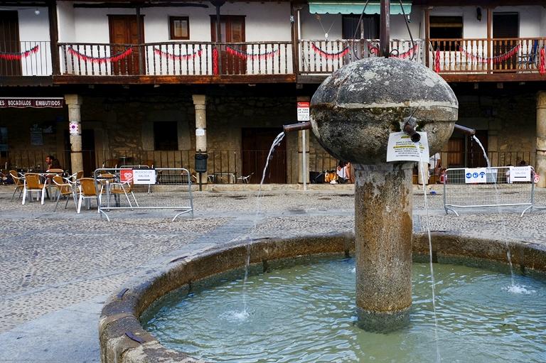 Plaza Mayor, Cuacos de Yuste. Las mejores piscinas naturales de La Vera.
